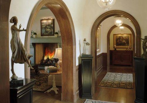 Деревянная арка