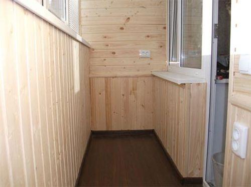 Чем обшить балкон?